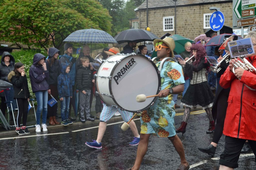 The indominitable spirit that wears tropical gear when it's siling down in Yorkshire